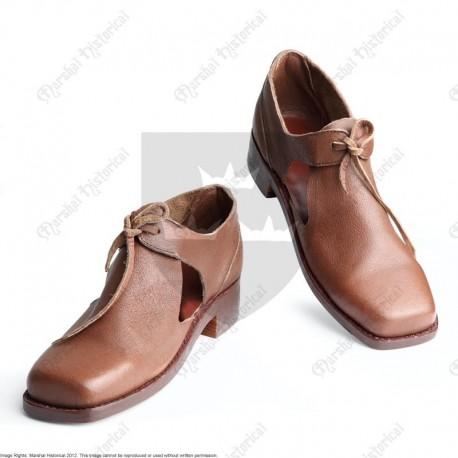Chaussure civiles et piquier 17e